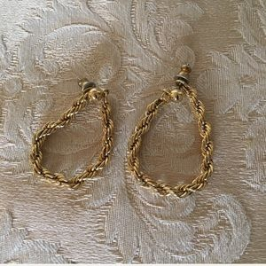 Vintage gold tone rope earrings, 1.5 inches long